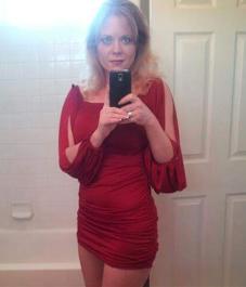 Juya red dress